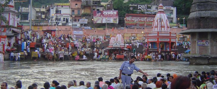 india-haridwar-ceremony-at-ganges-river