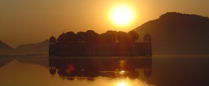 india-jaipur-jal-mahal-sunrise