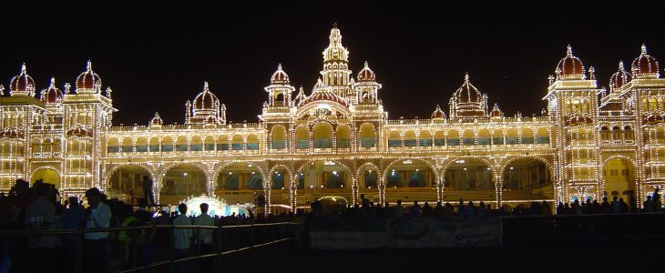india-mysore-palace-illuminated