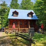 canada-quebec-cottage